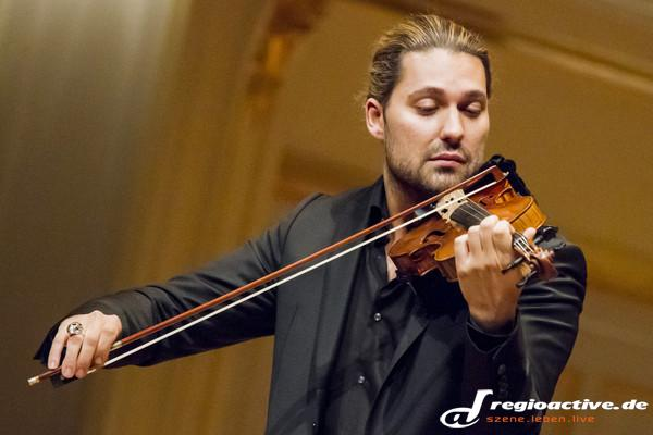 Im Duo - Fotos: David Garrett live in der Laeiszhalle in Hamburg